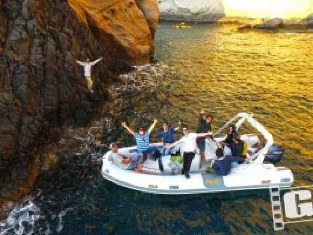 Claydee Lupa, Alena, Videoclip, Backstage, Photos, Chris Giatrakos, Milos Island, kleftiko